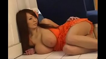 hitomi tanaka photoshoot to demonstrate her orbs part.
