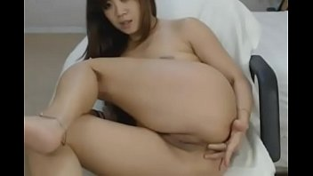 crazyamateurgirlscom - supah-steamy chinese honey frolicking cooter and.