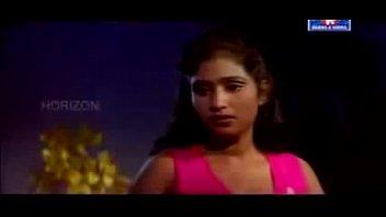 warm mallu actress sajini very romantic in saree.