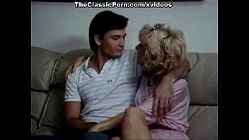 Lois Ayres, John Leslie, Nina Hartley in classic sex clip