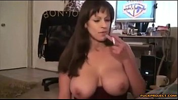 fat-chested mommy smoking ciggie and fellating.