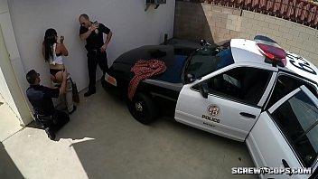 cops plumb latina nubile in public