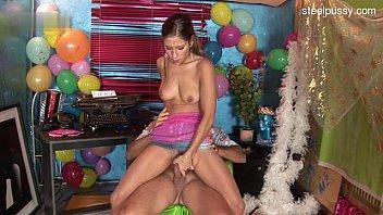 nude teenie oral job