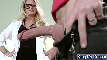 supah hot patient jessa rhodes and supah-naughty medic.