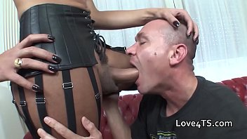 Man sucks and wanks a big cock shemale