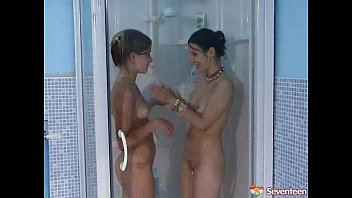 two lesbos sharing a urinate fetish