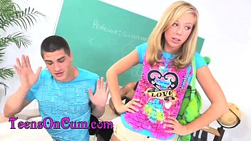 Teen Glazing Blondes Lexi Belle and Chastity Lynn HD