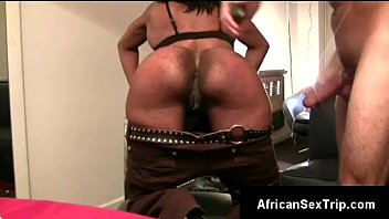 dangled withe perv heats butt african gf up.