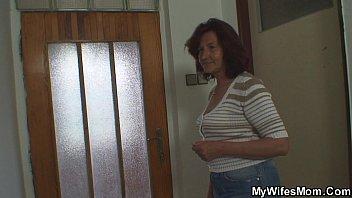 she gets dazed when finds mummy inlaw railing.