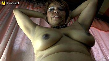 Amateur latina mature mom hairy pussy