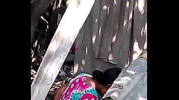 desi bhabhi nude bathtub