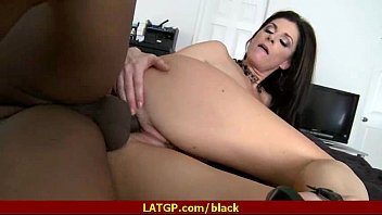ebony boy put his all in nailing her.
