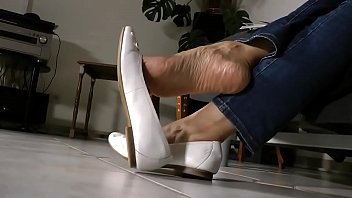 cams4freenet - japanese shoeplay and strap.
