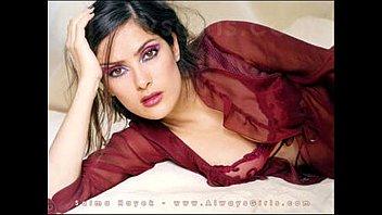 salma hayek completamente desnuda encuera donde