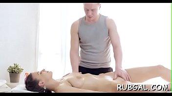 masseuse rubdown