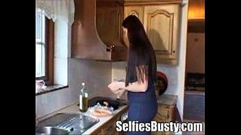 07 - Una Sueca Milf con Big Tits cogiendo con el trabajador