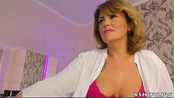 humid cougar mummy climax on camshow