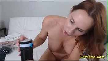 gorgeous crimson-head cougar have fun with faux-cock live cams