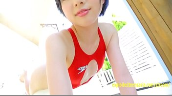 rin sasayama pretty teenager taunts in her bathing.