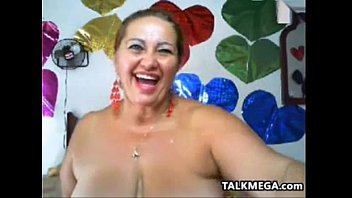 Fat And Busty Granny Teases Her Body