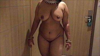 indian desi wifey aunty jaw-dropping showcase
