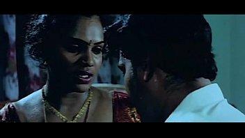 -desperate tamil aunty