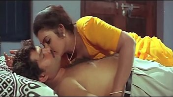 mallu aunty masala bathing romantic movies
