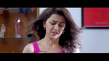 nikki galrani udders display