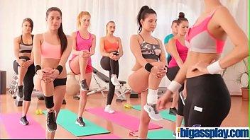 Orgasmic Hardcore Gym Threesome(Cristal Caitlin&amp_Eveline Dellai&amp_Jo Grey&amp_Lucia Denvile&amp_Lucy Li&amp_Megan Joyce&amp_Sasha Zima&amp_Tina Diamond&amp_Varvara Taisia&amp_Vasilisa Iskra) 01 mov-17