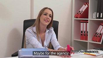 steamy chestnut girl/girl agent tongues model