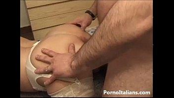 Mature lady italian Granny sexy - Pecorina con nonna italiana
