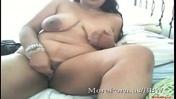 Indian BBW masturbates on webcam