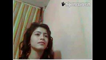 hermosa jovencita mostrando lo suyo mirala follando aca googlrkfmkp
