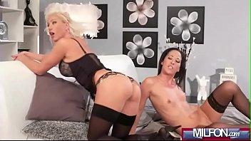Mature experienced Moms making out(Terra Twain &_ Vanessa Paradise) 02 vid-11